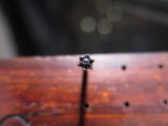 Blomformad gängad topp med 7 kubisk zirkonia