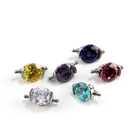 2 gängad cluster 1.6mm med 1 6mm swarovski kristall, Vit
