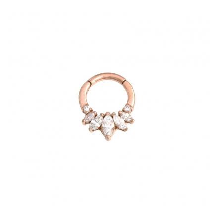 """""""Tesseracti""""- clicker i roséguld med enbart äkta diamanter. 1.6 mm x 7.9 mm."""